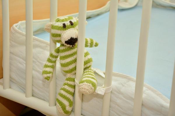 gruba pościel do łóżeczka dla niemowląt